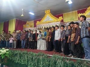 pernikahanHaris
